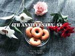 10 Mini Original Glazed Doughnuts for $4 with 1 Dozen Doughnuts Purchase at Krispy Kreme (Tangs)